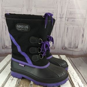 Arctic Cat arctic wear sz7 Med Mens black purple s
